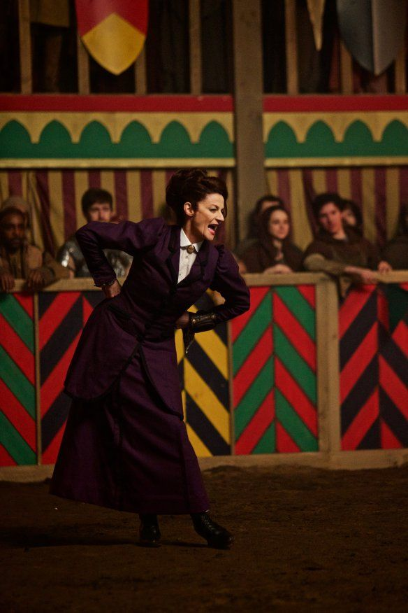 Doctor Who TV Series 9 Story 254 The Magician's Apprentice The Witch's Familiar Episodes 1 and 2 | DVDbash