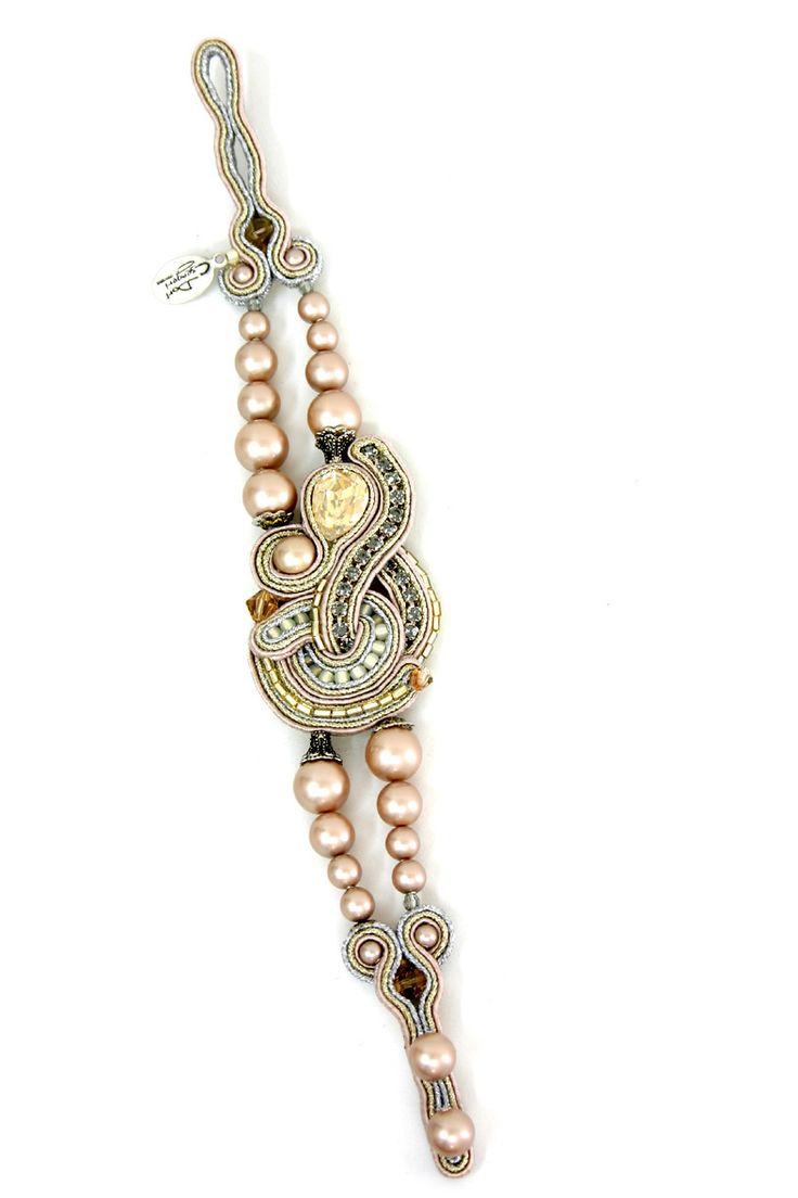 bridal, bridal bracelet, nude, neutrals, blush, nude tones bracelet, neutral colors bracelet, blush tones bracelet, des b206, desb206, soutache, embroidery, hand embroidered, passementerie