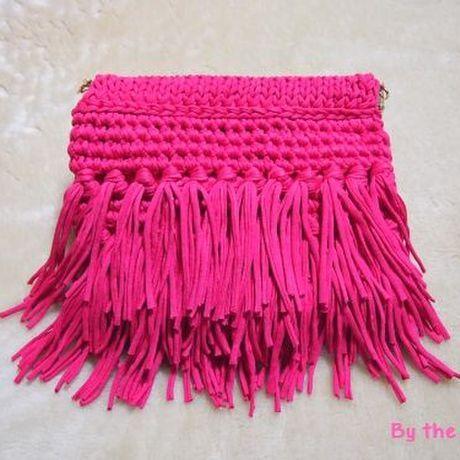 """3段 フリンジ 編み クラッチバッグ """"Fushia Pink"""" #fringe #clutch #crochet #pink #tshirtyarn"""