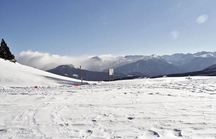 Nieve en Andorra http://www.fotoescapada.com/carretera-del-coll-de-la-botella-andorra/