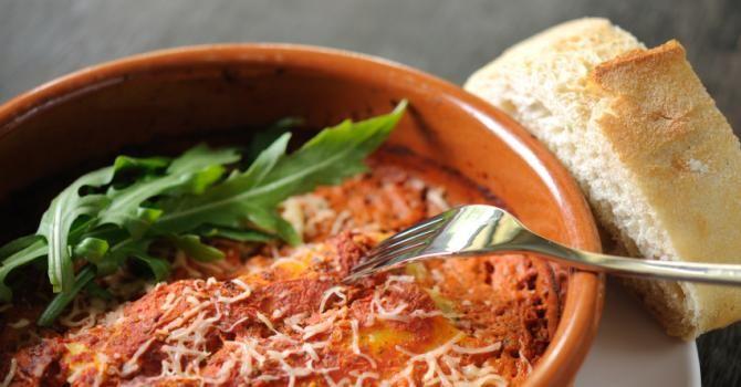 Recette de Cannellonis à la farce allégée. Facile et rapide à réaliser, goûteuse et diététique. Ingrédients, préparation et recettes associées.