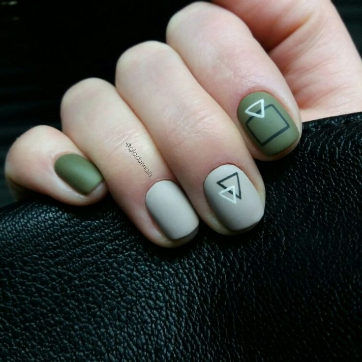 Маникюр на короткие ногти, дизайн, минимализм, геометрия, белый, зеленый. Manicure ideas for short nails, gel, dark. green, geometric, nails, nailart