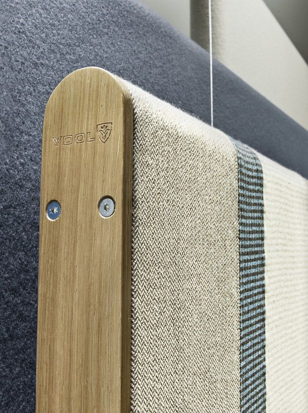 RELAX Taylor | Acoustic Absorber | Class A | 2015 | Nina Mair | Architecture | Design | Austria | Acoustically Effective Furniture | Classical Patterns | Twill Weave or Houndstooth | Office Spaces | Oak Wood | Woollen Fabric | Homely Atmosphere | Optimisation of Acoustics | Without Adhesives & Chemical Additives | Fully Recyclable |
