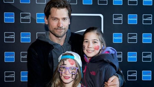 Nikolaj Coster-Waldau, besser bekannt als Jaime Lannister, mit seinen süßen Töchtern Safina and Filippa