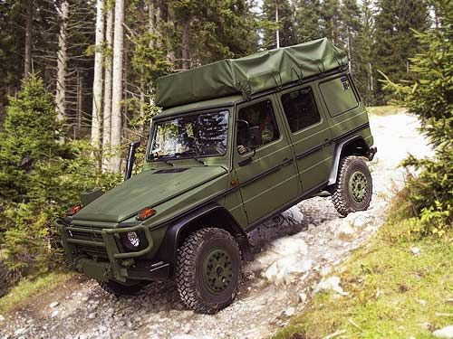 military offroad rock snow - Mercedes G wagen model 461 used by the CAF(Canadian armed foces)