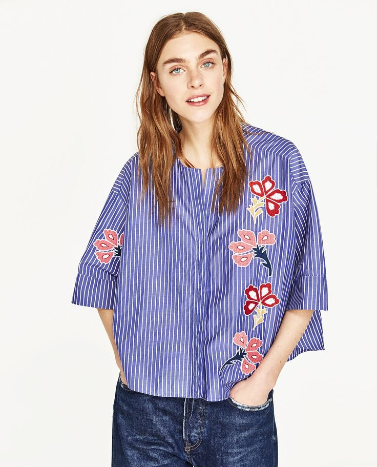 ZARA BLUE SHORT BLOUSE WITH EMBROIDERIES