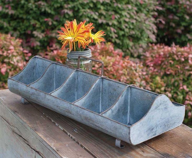 Metal Feed Trough Caddy-Rustic Home Decor #rustichomedecor