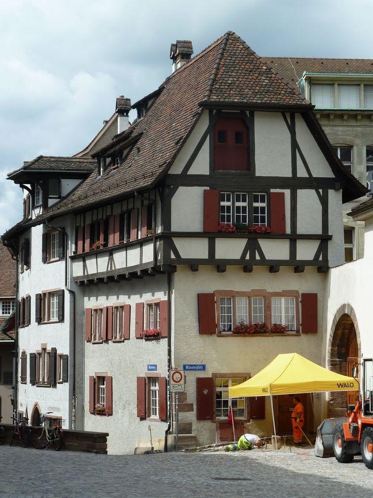 Fachwerkhaus am Münsterplatz, Basel Stadt