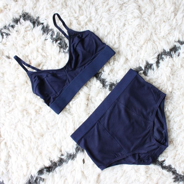 Base Range Soft Bra Navy