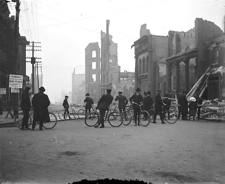 TORONTO BENEATH OUR FEET: A (BRIEF) VISUAL HISTORY OF OLD  LIFE AFTER THE GREAT FIRE