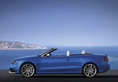 You will soon be able to order the new Audi RS 5 Cabriolet for an expected delivery date in early 2013