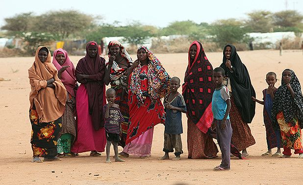Women and children at the Dadaab Refugee Camp. Oxfam East Africa [CC BY 2.0 (http://creativecommons.org/licenses/by/2.0)], via Wikimedia Commons