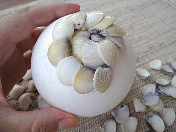 Como fazer uma bola de conchas, a topiaria do mar                                                                                                                                                                                 Mais