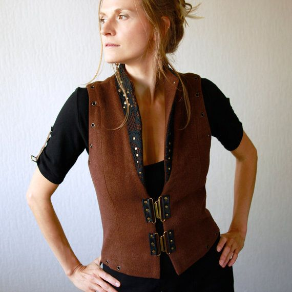 Woodland vest brown vest decorated with black lase