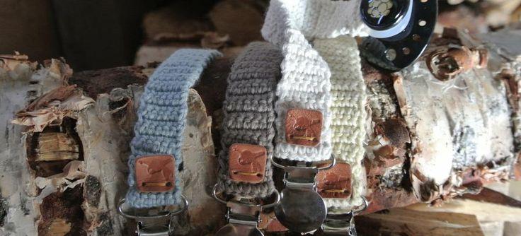 Accessoarer - klappi www.klappi.se #Ekologiskabarnkläder från #Lappland #norrland. #eko #ekoreko #ekologisk #svenskdesign #ekokläder #giftfritt #kläppi #klappi.se Product: #sootherholders #napphållare #knitwear #stickat #handcraft #Lapland. #eco #lovefromlapland #swedishlapland #organiccotton #organic #scandinavian #schwedischen #organickidswear #kidsfashion #sustainablefashion #sustainable #swedish #swedishdesign #swedishbrand