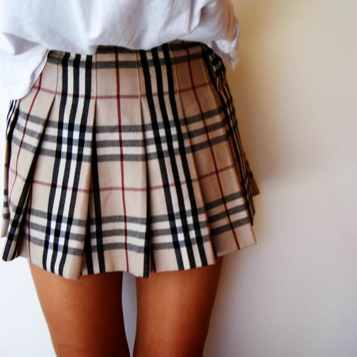 Pleated Burberry skirt! If you like my pins, please follow me and subscribe to my new fashion channel on youtube! It's free! Let me help u find all the things that u love from Pinterest! https://www.youtube.com/channel/UCCP8TXebOqQ_n_ouQfAfuXw