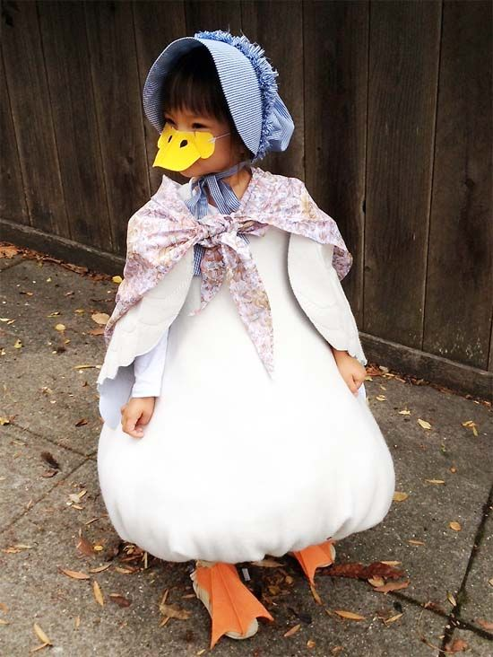 Beatrix Potter's Jemima Puddle Duck Costume, possibly the cutest thing ever