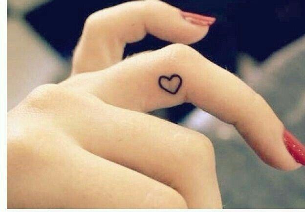 Piccolo cuore tattoo