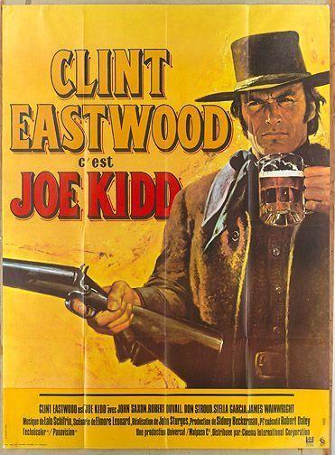 Joe Kidd recibió críticas dispares; Roger Greenspun de The New York Times escribió que no tenía nada destacable, con un simbolismo absurdo y un montaje descuidado, aunque alabó la interpretación de Eastwood