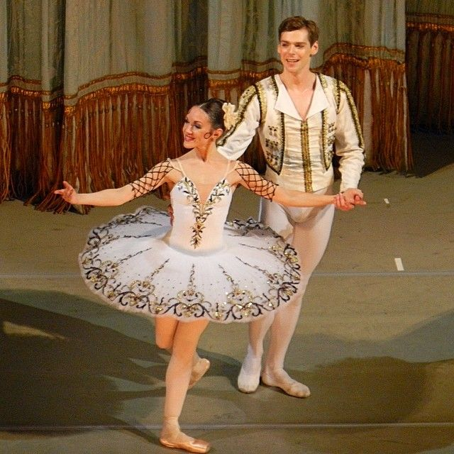"Валерия Мартынюк @valerymarty ❤ и Владимир Шкляров @vladimir_shklyarov ❤в балете ""Дон Кихот."" 05.02.16 #мариинскийтеатр #балет #донхихот #mariinsky #ballet #ValeriaMartyniuk #VladimirShklyarov"