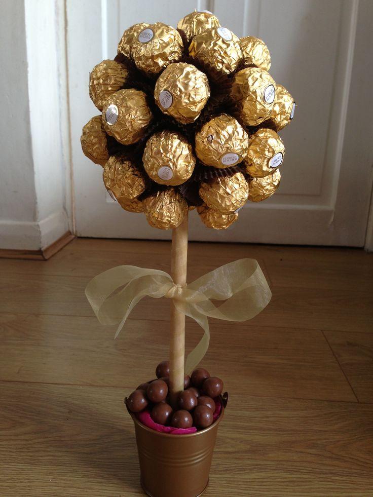 Ferrero rocher tree. | Centerpieces + Decor | Brown ...