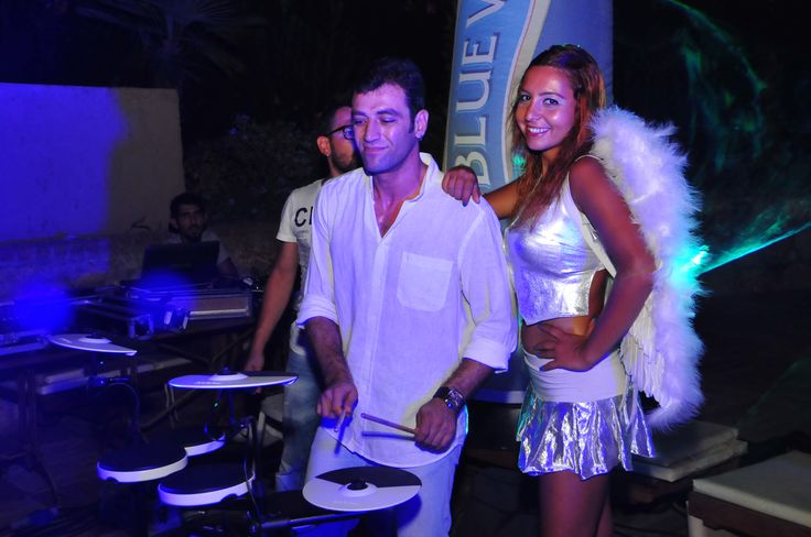 Efes Beach Party Percussion Show