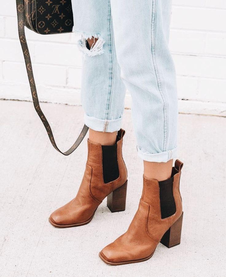 95085685c22c brown heeled boots