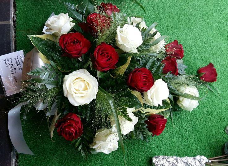 Surulaite Kukka ja Sidonta Villi-Ruusu