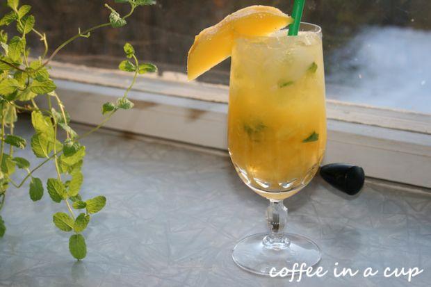 cocktail hour: mango mojito!
