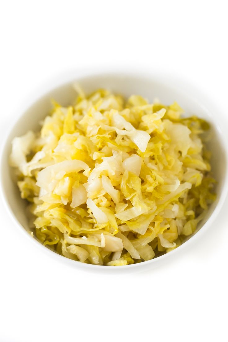 How To Make Sauerkraut | http://simpleveganblog.com/how-to-make-sauerkraut/
