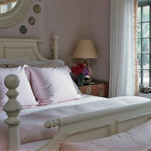 Very Sweet Guest Cottage that is separated from main house