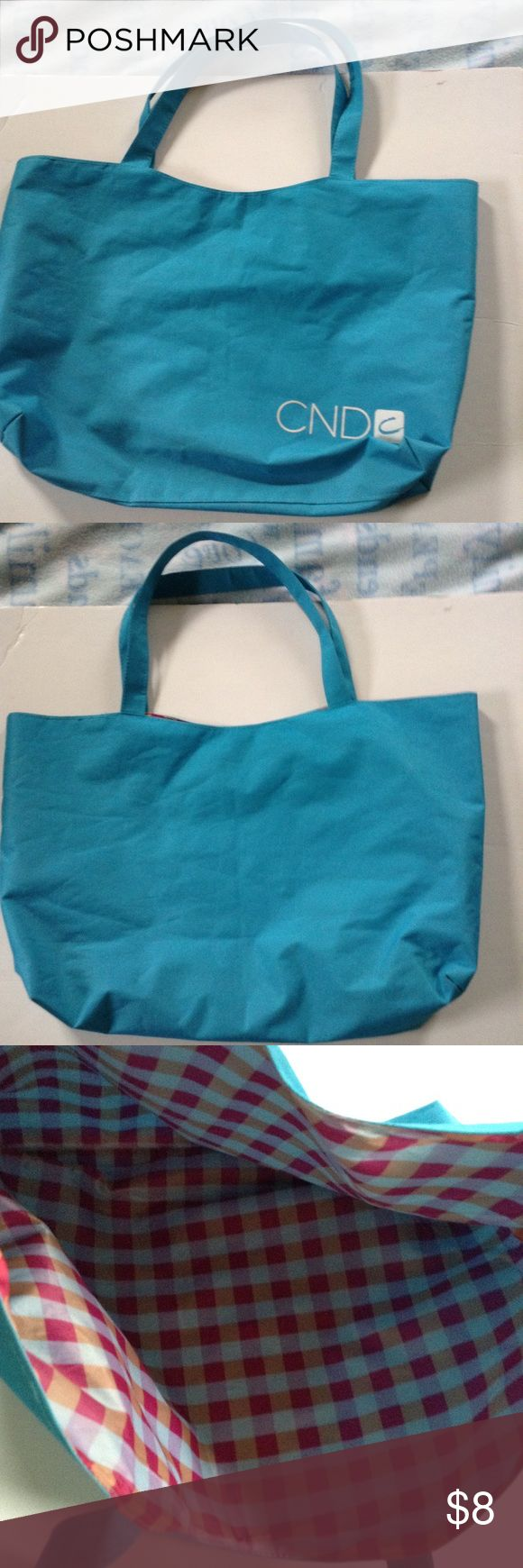 Blue Tote Bag Great to throw in your things when in a hurry! 🏃🏼🏃🏼 Bags Totes
