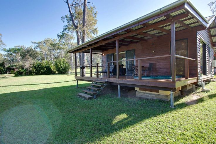 Whispers Lakeside Cabins - Bed and Breakfasts in Kurwongbah.