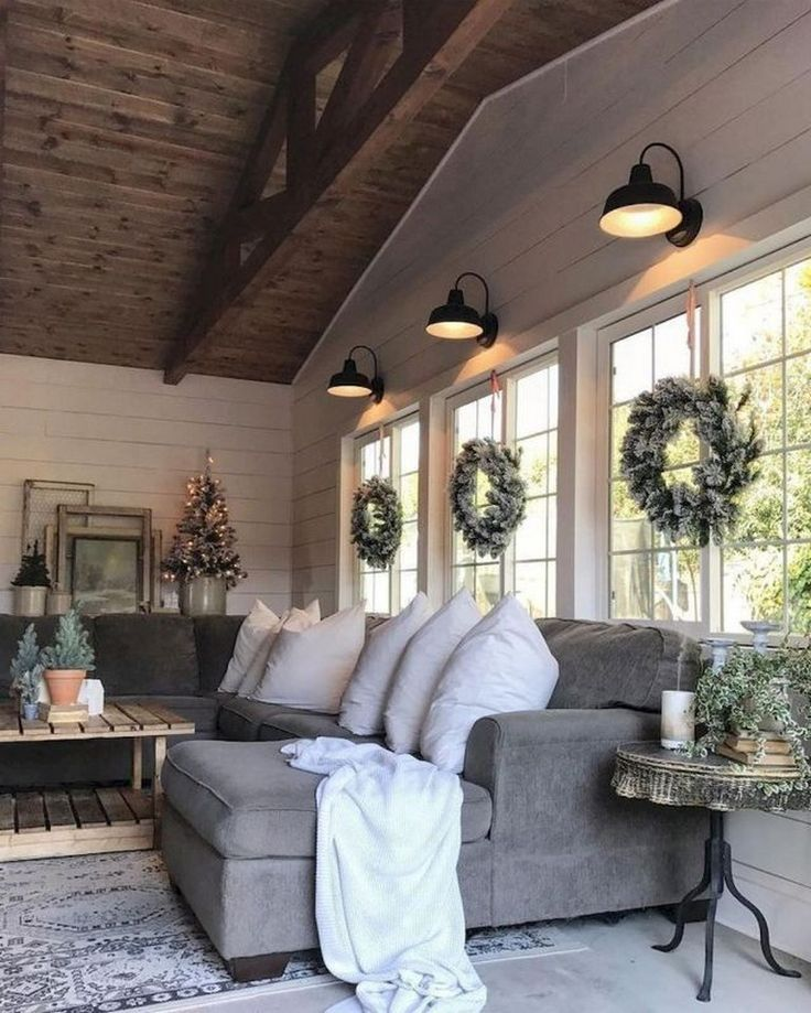 90+ Amazing Farmhouse Living Room Decor Ideas