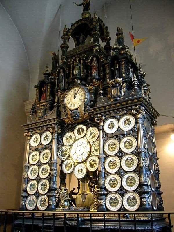 Reloj Astronómico de Besançon - Relojería gruesa