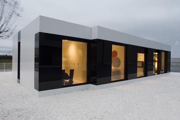 Modern White Modular House by A Cero