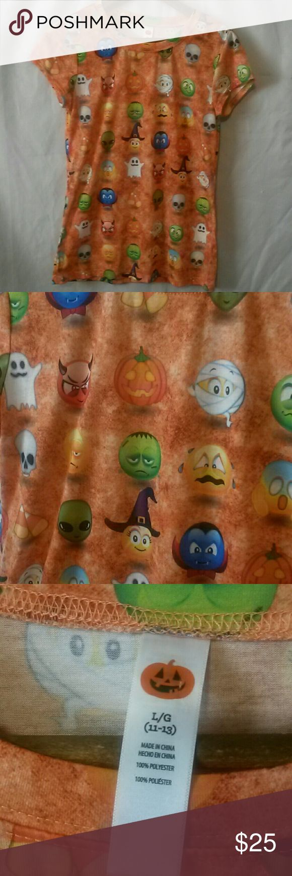 Halloween emoji tee! In great condition.  No stains. No holes Length: 26 inches Chest: 18 inches  Smoke free,  pet friendly home Shirts & Tops Tees - Short Sleeve