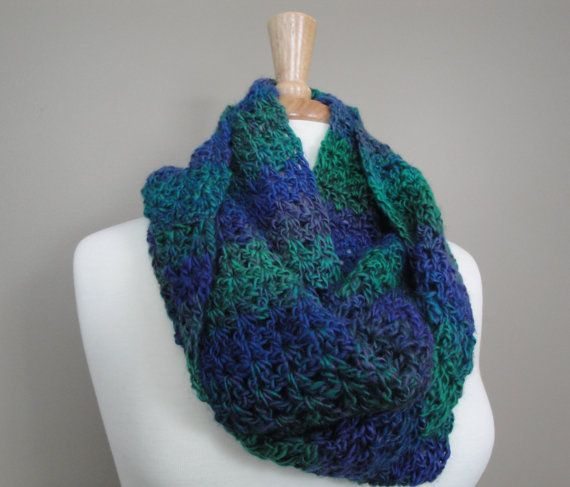 Textured Cowl in Blue/Green/ Purple by KnotYourAvgKnits on Etsy, $24.00