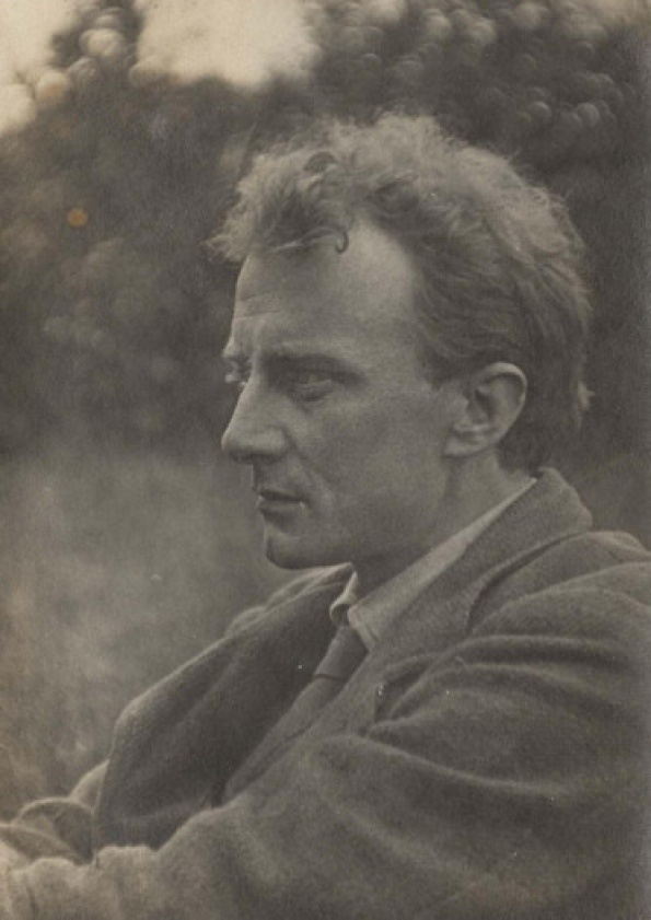 an analysis of the war poet edward thomas born in 1878 in london Edward thomas - biography if the war goes on i believe i shall find philip edward thomas (1878-1917) was born in write 'war poetry' long before he.