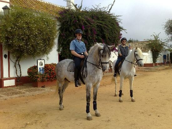 Epona Equestrian Center in Southern Spain - they know how to do horses in this part of the world.