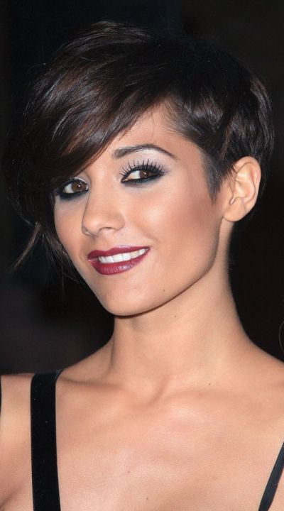Frankie Sandford Does Sexy And Demure For The Christmas Carol Film Premiere, 2009