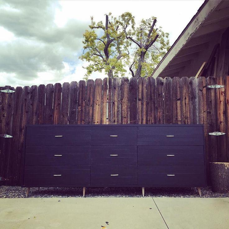 It's #huuuuge -------------------------------------------- #finished #complete #massive #design #build #designstudio #studio #studiowork #reclaimedwood #woodwork #woodworking #carpentry #carpenter #woodworker #hardware #designer #furniture #furnituredesign #american #americanmade #nativeamerican #navajo #dresser #armoire #midcentury #midcenturymodern #modern #modernism #modernist by leftangledesign