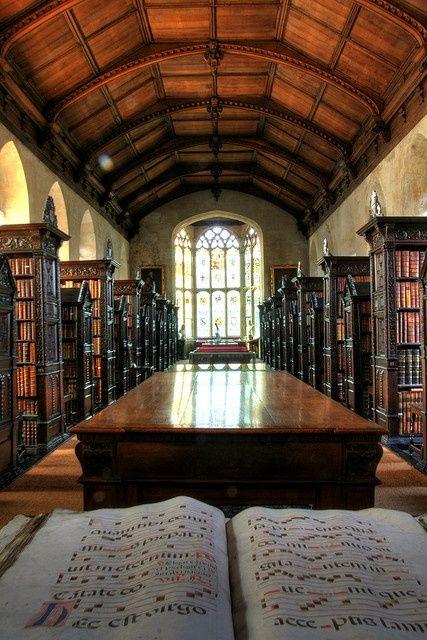 bluepueblo:    St John's College Old Library, Cambridge, England  photo via nobuo