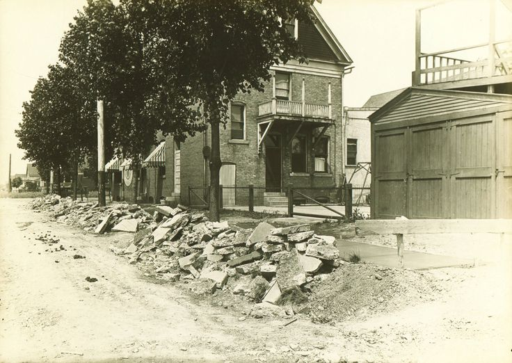 Whether it's 1921 or 2015, summer is always construction season! Lincoln Avenue, street construction, 1921 :: Milwaukee Polonia Digital Collection