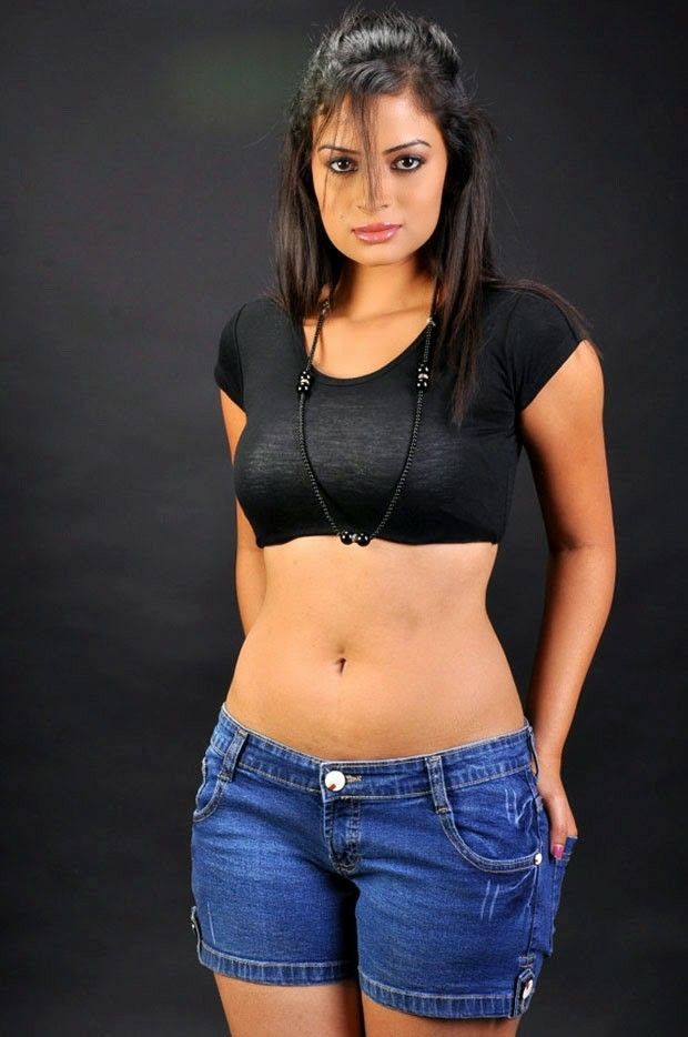 bollywood hot masala clips pictures