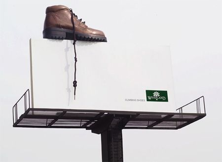 Woodland Shoes Advertisement: Creative Noticed, Street Marketing, Creative Billboard, Outdoor Observed, Ads Design, Climbing Shoes, Billboard Ads, Billboard Adverti, Creative Ads