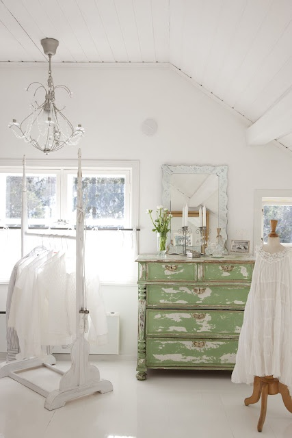 ..love the green with all white