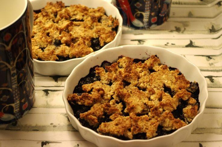 Smulpaj med blåbär, nötter och kokos (paleo)