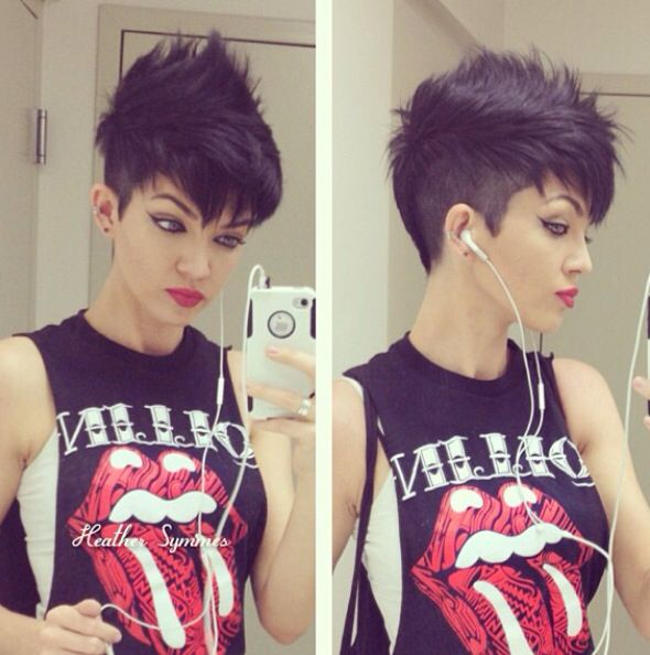 "Short Hair www.instagram.com/saschaswifey...."" im n love with this cut"""