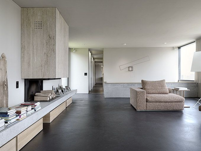 House Szelpal by Felber Architects. Nice floor